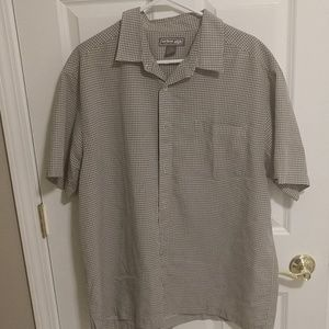 Short sleeve XL Green and white shirt